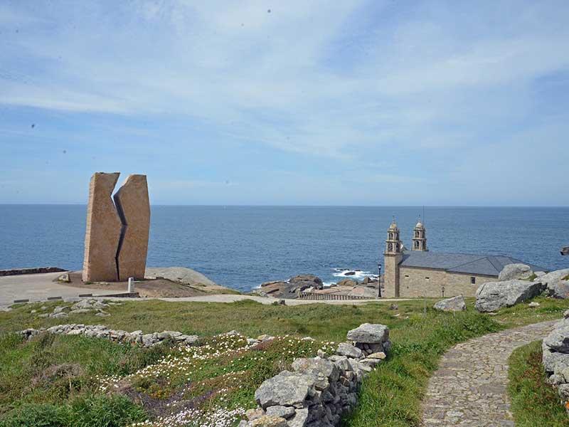 ムシア海岸の教会